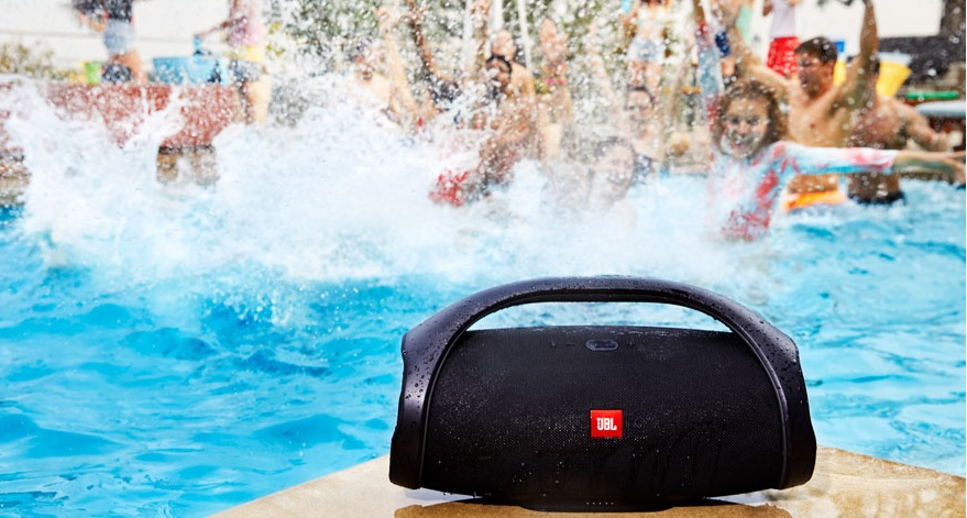 The JBL Boombox has beautiful waterproof technology