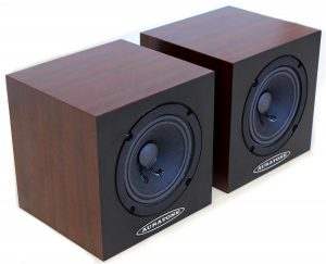 A smaller yet powerful pair of passive studio monitors